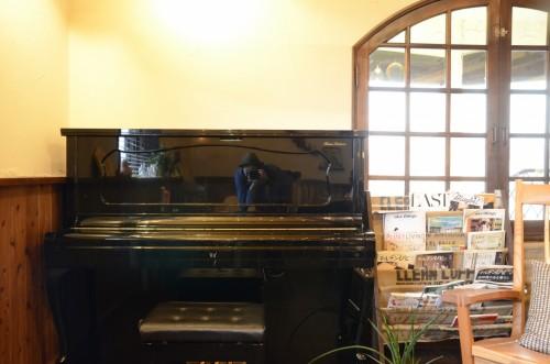 15年も眠っていたピアノに目覚めのキスをする。